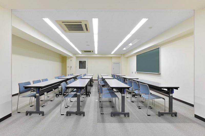 学校法人河原学園